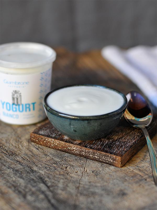Yogurt Bianco | Fattoria Giambrone | CAMMARATA — SICILIA ITALIA